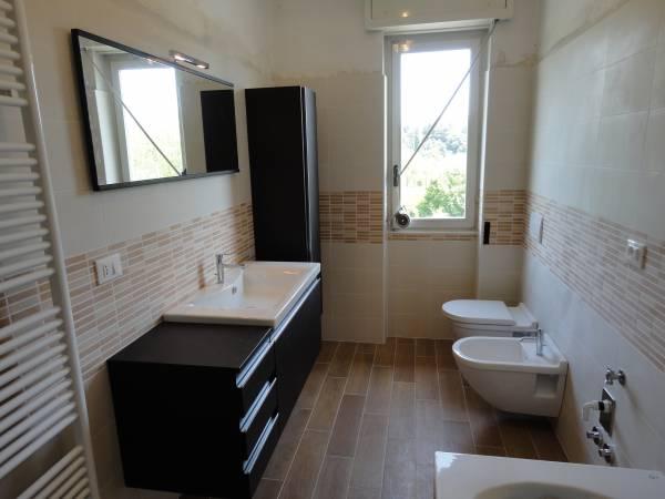 ristrutturazioni complete di bagni - Arredo Bagno Sanitari Sospesi