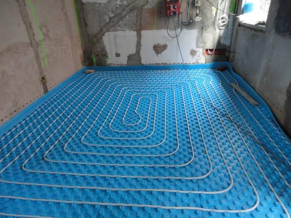 riscaldamento a pavimento con pannelli