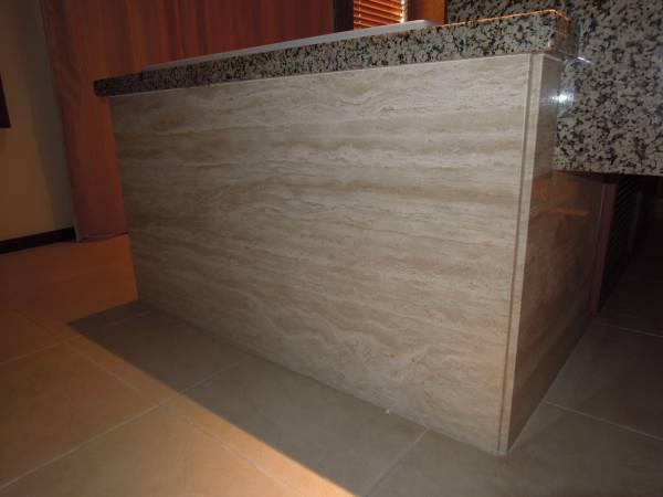 rivestimento in marmo vasca